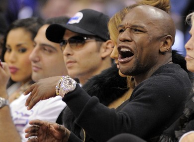Mayweather cries foul courtside at an LA Clippers game last year.