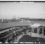 Malecon and El Morro, Havana, Cuba. (Library of Congress, Prints & Photographs Division)