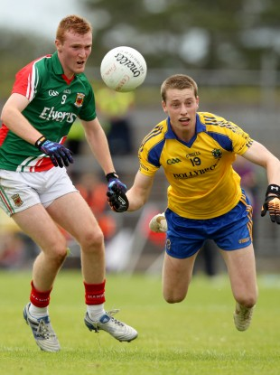 Mayo's Adam Gallagher and Nial McInerney of Roscommon.