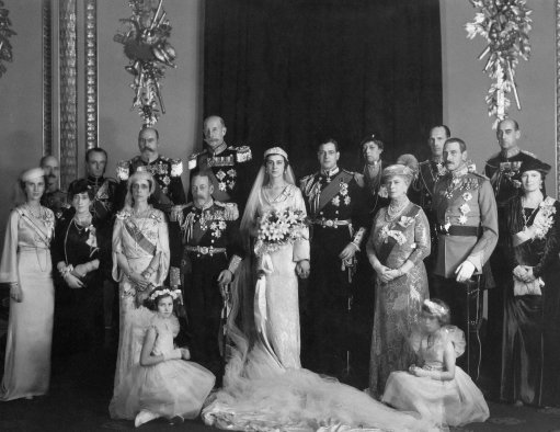 King George V and family