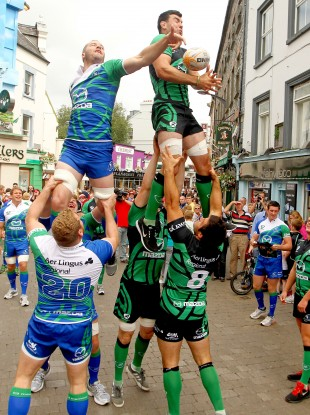 Connacht's David Gannon and Mick Kearney attempt a line-out on Shop Street.