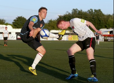 Dundalk's Gary Shanahan goes eye-to-toe with Ger O'Brien.