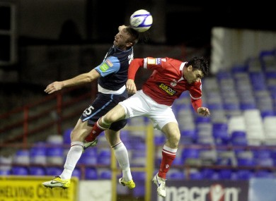 Murphy, right, challenges Kenny Browne of St Patrick's Athletic.