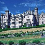 In 1897, Carnegie returned to Scotland and bought the 40,000-acre Skibo Castle estate. He called it