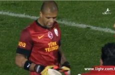 VIDEO: Midfielder becomes stand-in goalkeeper, saves penalty