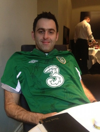 Your Ronnie O'Sullivan (Almost) In An Ireland Jersey Picture Of The Day