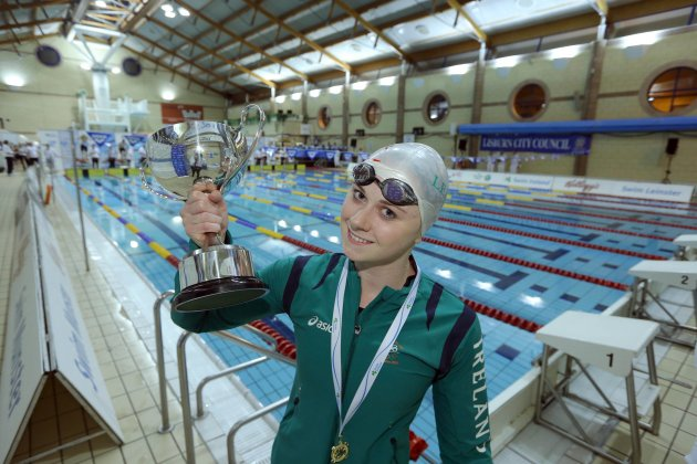 Sycerika McMahon with the 600 meter Freestyle Cup 30/11/2012